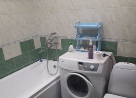 Снять - фото. Снять однокомнатную квартиру посуточно без посредников, Тюменская область, Цветочная улица, 7А - фото.